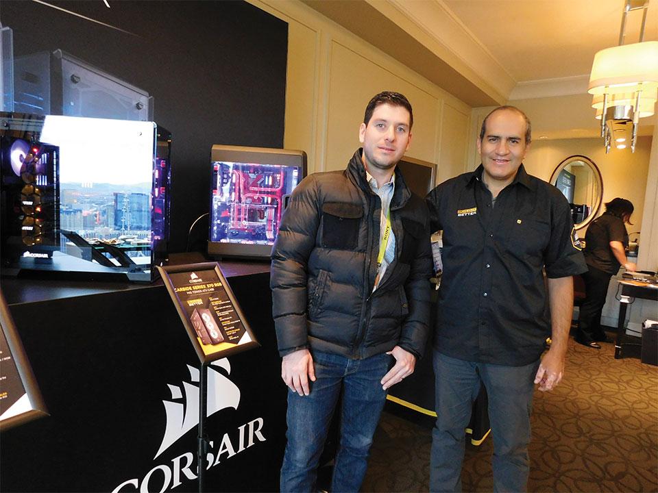 Pablo Merlin, EuroComp de Costa Rica y Carlos Rodríguez, Corsair