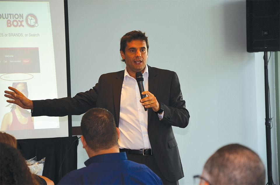 Claudio Muñoz, BDM de Solution Box